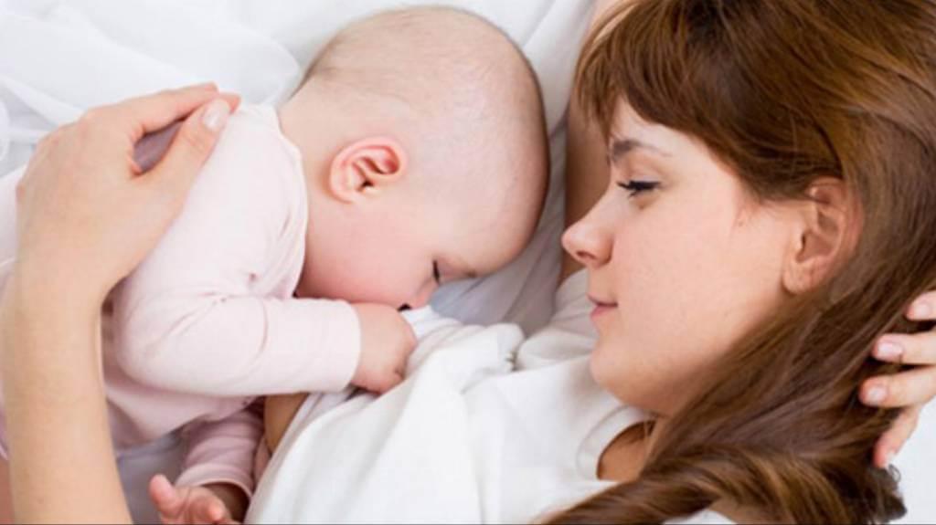 Anne Sütü Mü Mama Mı